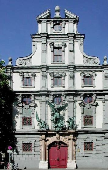 Das Augsburger Zeughaus  vom Stadtwerkmeister Elias Holl (wikipedia.de, Karlheinz Meyer, CC BY-SA 3.0)