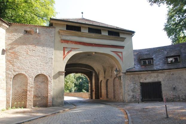 Bastion am Rotes Tor (Westseite) - Einfahrt über die Via Claudia Augusta